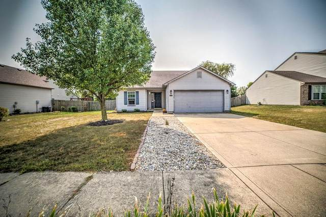 209 Oakview Drive, Mooresville, IN 46158 (MLS #21738118) :: Mike Price Realty Team - RE/MAX Centerstone
