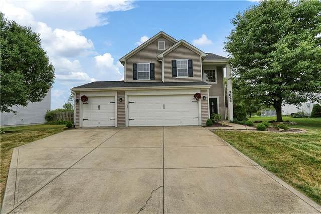 3825 Crest Point Drive, Westfield, IN 46062 (MLS #21738214) :: Dean Wagner Realtors