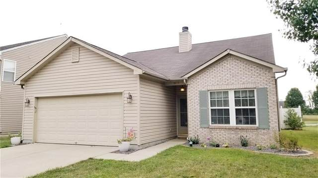9679 Gibbon Lane, Avon, IN 46123 (MLS #21738293) :: Mike Price Realty Team - RE/MAX Centerstone