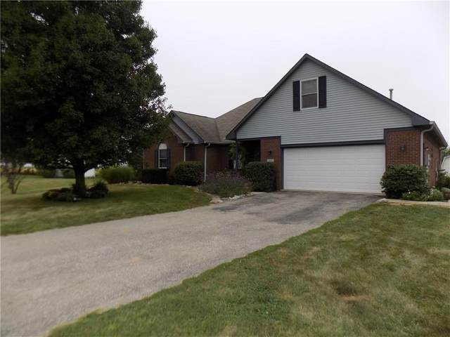 3678 Renee Court W, Monrovia, IN 46157 (MLS #21738435) :: Mike Price Realty Team - RE/MAX Centerstone