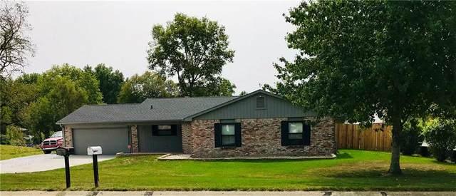 3833 Pineview Lane, Greenwood, IN 46142 (MLS #21738857) :: AR/haus Group Realty