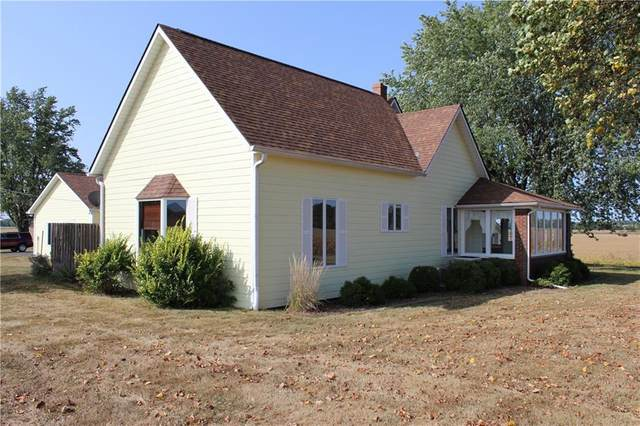 11693 W County Road 1050 North, Stilesville, IN 46180 (MLS #21738895) :: The Evelo Team