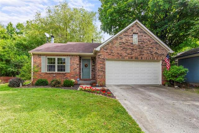 5855 Petersen Court, Indianapolis, IN 46254 (MLS #21739063) :: Anthony Robinson & AMR Real Estate Group LLC