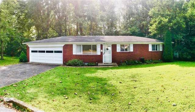 925 Roger Lane, North Vernon, IN 47265 (MLS #21739381) :: Mike Price Realty Team - RE/MAX Centerstone