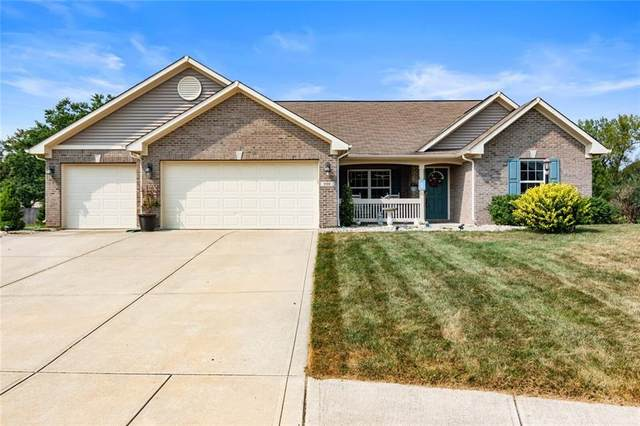 930 Penstock Court, Avon, IN 46123 (MLS #21739420) :: AR/haus Group Realty