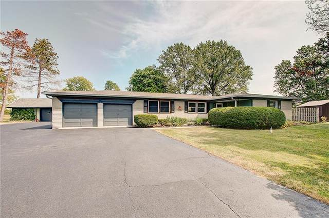 10460 Margene Drive, Brownsburg, IN 46112 (MLS #21739487) :: The Evelo Team