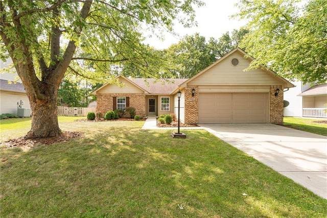6555 Quail Run, Fishers, IN 46038 (MLS #21739887) :: Mike Price Realty Team - RE/MAX Centerstone