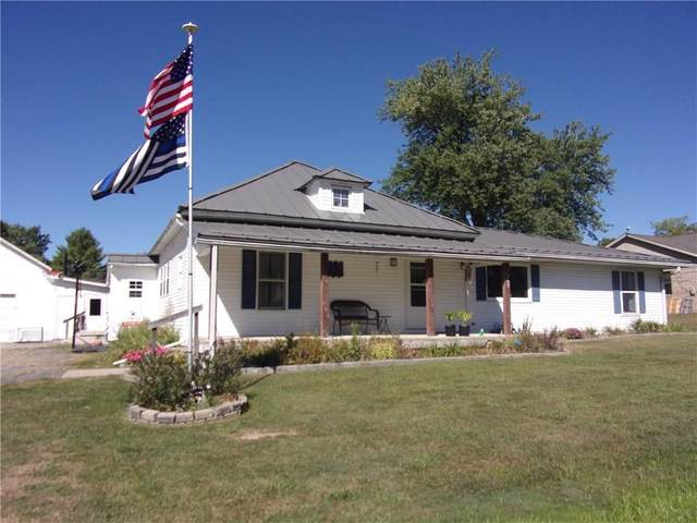 357 South Street, Cloverdale, IN 46120 (MLS #21740059) :: Anthony Robinson & AMR Real Estate Group LLC