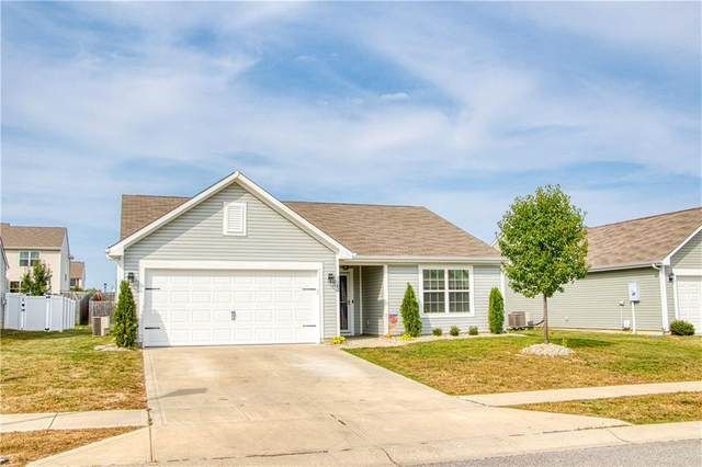 3342 Enclave Lane, Greenwood, IN 46143 (MLS #21740403) :: Mike Price Realty Team - RE/MAX Centerstone