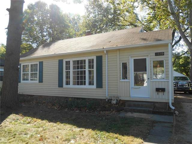 1819 E 65th Street, Indianapolis, IN 46220 (MLS #21740612) :: Mike Price Realty Team - RE/MAX Centerstone