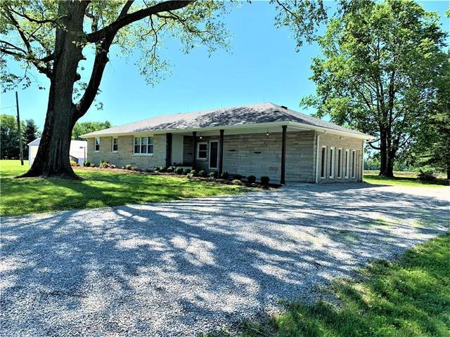 5795 W Stinemyer Road, New Palestine, IN 46163 (MLS #21740833) :: The Indy Property Source