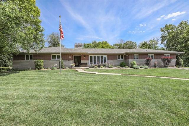 8433 Valley Estates Drive, Indianapolis, IN 46227 (MLS #21740875) :: Dean Wagner Realtors