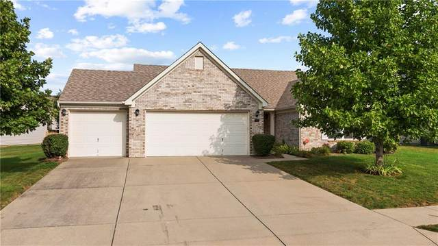 1060 Berrywood Drive, Greenwood, IN 46143 (MLS #21741952) :: Dean Wagner Realtors