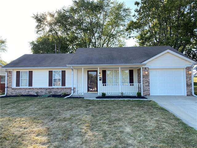18 Martin Drive, Danville, IN 46122 (MLS #21742377) :: Anthony Robinson & AMR Real Estate Group LLC