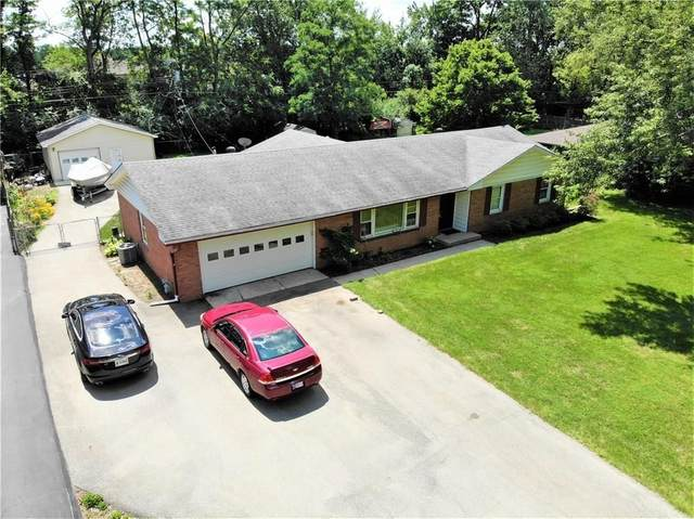 1313 Oakwood Trail, Indianapolis, IN 46260 (MLS #21743001) :: The ORR Home Selling Team