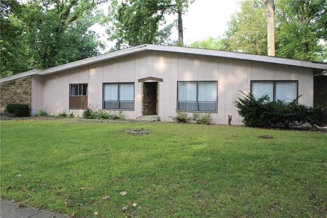 2010 Caribbean Drive, Indianapolis, IN 46219 (MLS #21743049) :: Richwine Elite Group