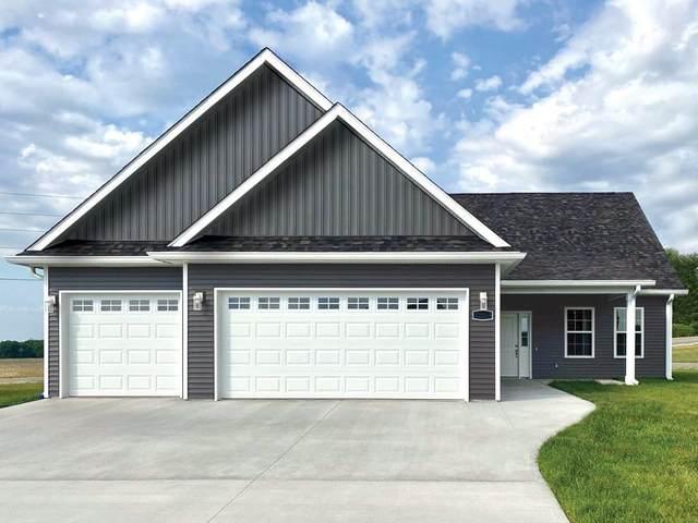 129 Woods Edge Boulevard E, Greencastle, IN 46135 (MLS #21743248) :: Dean Wagner Realtors