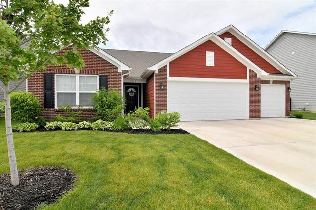 8633 Hemingway Drive, Indianapolis, IN 46239 (MLS #21743308) :: AR/haus Group Realty