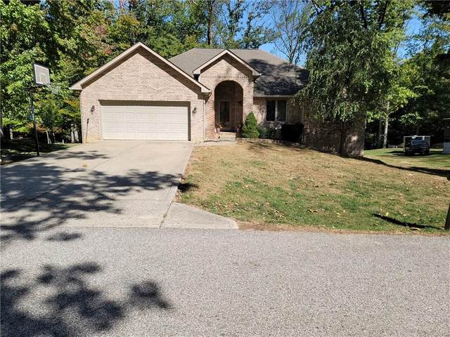 3020 Country Club Court, Martinsville, IN 46151 (MLS #21743543) :: AR/haus Group Realty