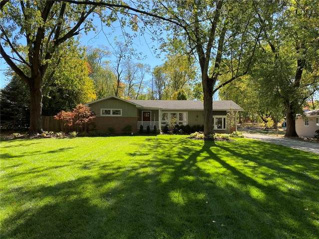 131 Winona Drive, Carmel, IN 46032 (MLS #21743841) :: David Brenton's Team