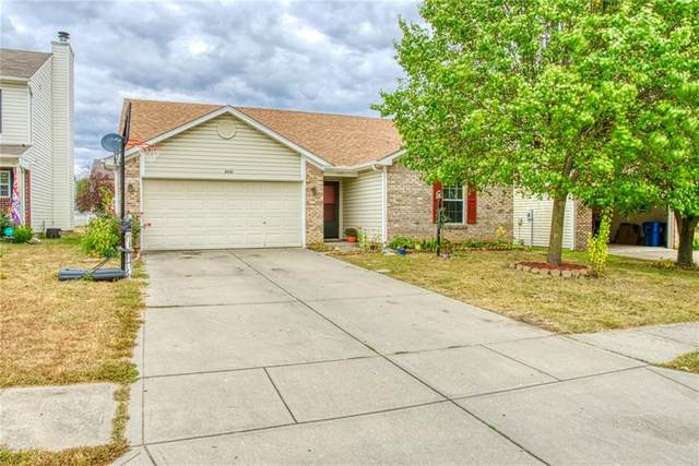 8157 Maple Stream Lane, Indianapolis, IN 46217 (MLS #21743879) :: Heard Real Estate Team | eXp Realty, LLC
