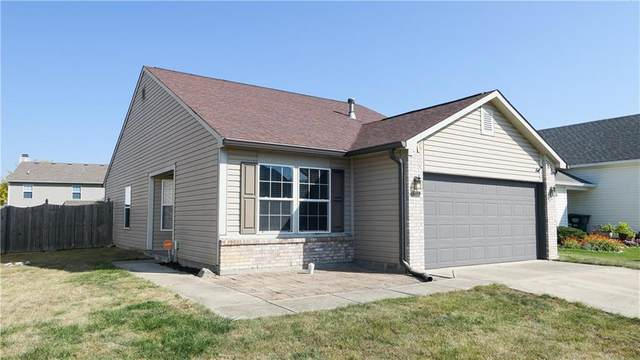 1072 Central Park Boulevard S, Greenwood, IN 46143 (MLS #21744490) :: AR/haus Group Realty