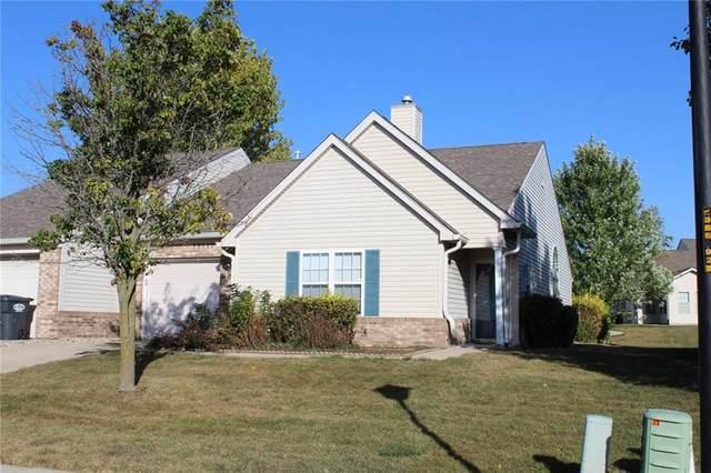 1335 Flintlock Drive, Greenwood, IN 46143 (MLS #21744697) :: Richwine Elite Group