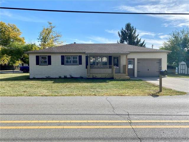 401 W Park Road, Greensburg, IN 47240 (MLS #21744962) :: AR/haus Group Realty