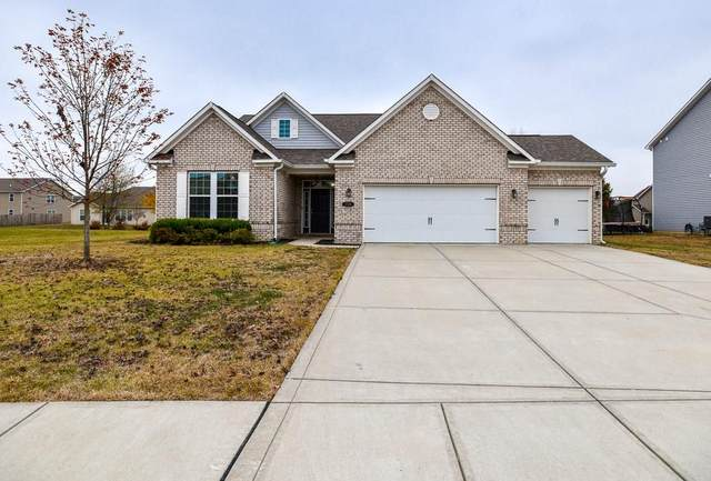 1726 Cumbria Drive, Avon, IN 46123 (MLS #21745247) :: The ORR Home Selling Team