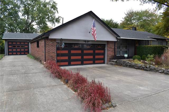 621 Berkeley Drive, Shelbyville, IN 46176 (MLS #21745509) :: Mike Price Realty Team - RE/MAX Centerstone