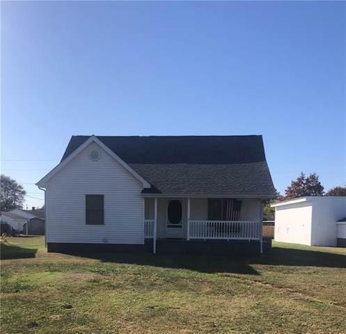 10704 N Highway 11, Seymour, IN 47274 (MLS #21745781) :: Richwine Elite Group