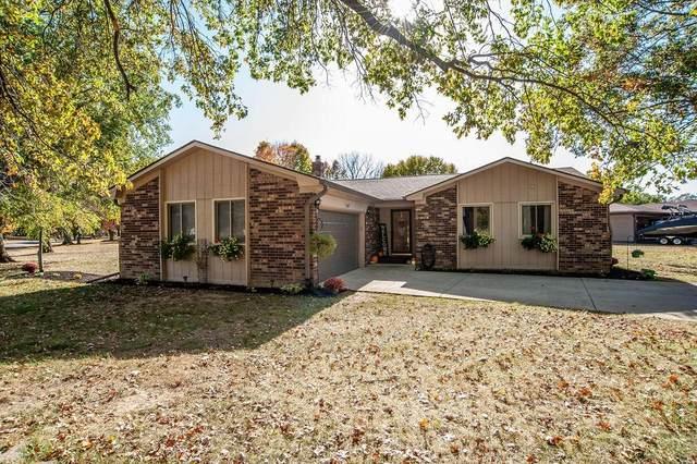 7427 Hidden Valley Drive, Plainfield, IN 46168 (MLS #21745789) :: Richwine Elite Group