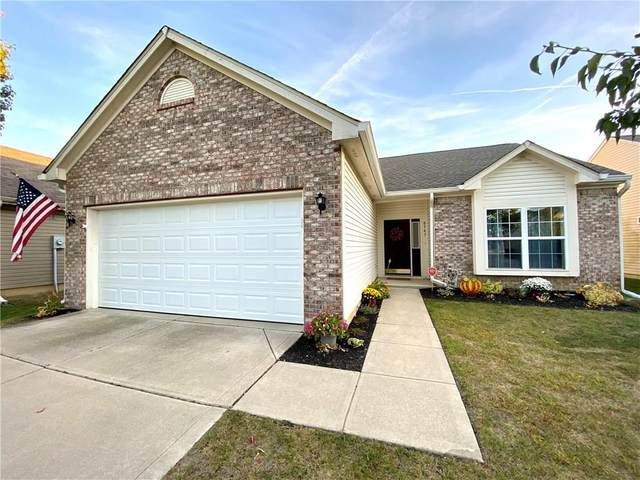 8343 Chesterhill Lane, Indianapolis, IN 46239 (MLS #21745979) :: The ORR Home Selling Team