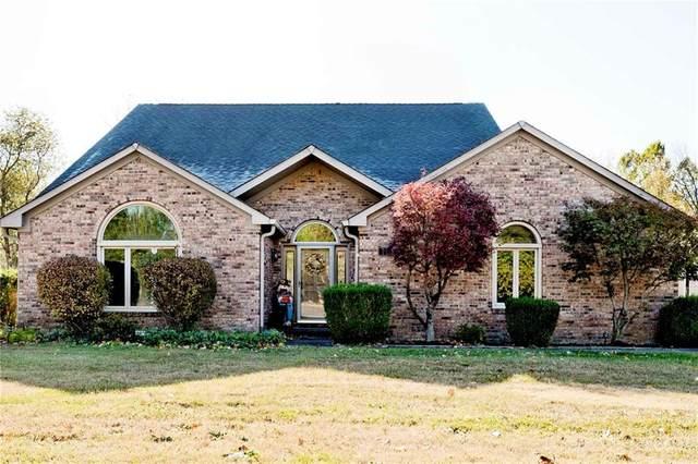 7119 Hidden Valley Drive, Plainfield, IN 46168 (MLS #21746048) :: Richwine Elite Group
