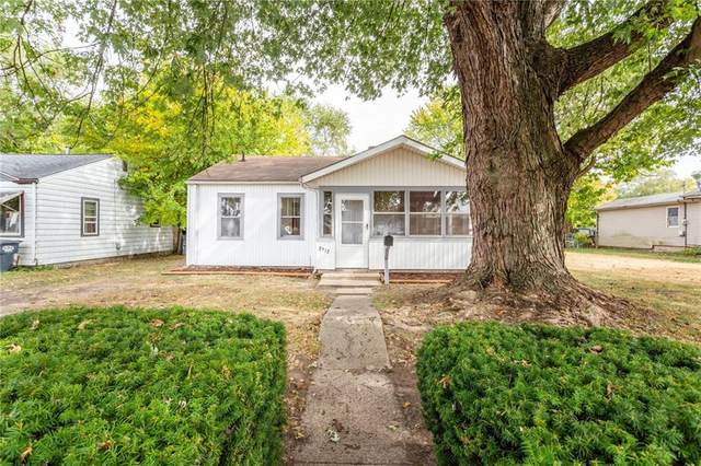 2912 Central Avenue, Anderson, IN 46016 (MLS #21746088) :: Anthony Robinson & AMR Real Estate Group LLC