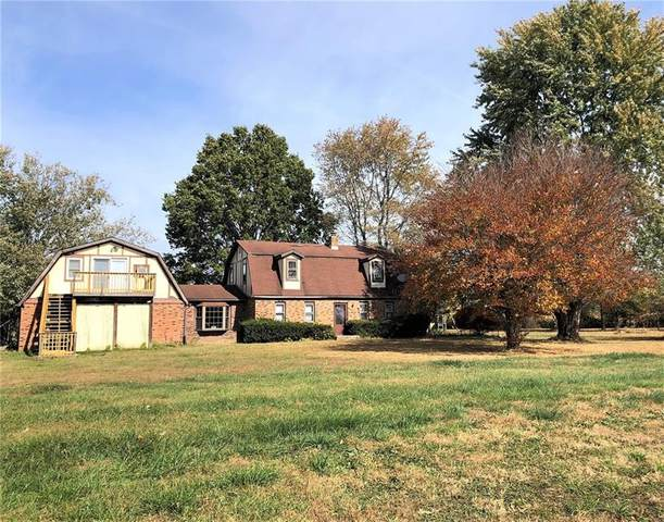 8608 E Hendricks County Road, Mooresville, IN 46158 (MLS #21746193) :: The Indy Property Source