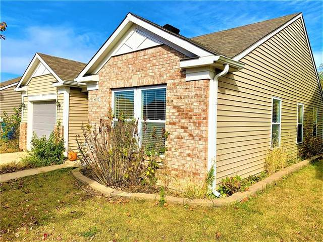 8852 Hosta Way, Camby, IN 46113 (MLS #21746469) :: The ORR Home Selling Team