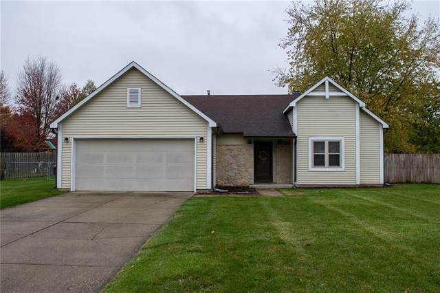 1167 Madrid Road, Greenwood, IN 46143 (MLS #21746831) :: The Indy Property Source