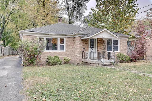 2210 E 58th Street, Indianapolis, IN 46220 (MLS #21746902) :: The ORR Home Selling Team
