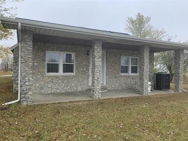 3220 N County Road 200 West, New Castle, IN 47362 (MLS #21747091) :: Richwine Elite Group