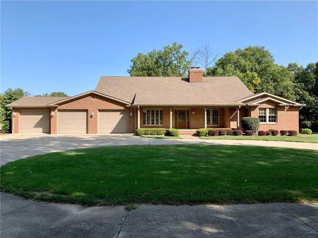 3340 W Carr Hill Road, Columbus, IN 47201 (MLS #21748235) :: Realty ONE Group Dream