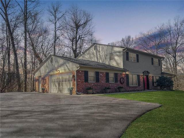 1711 E Woodcrest Drive N, Martinsville, IN 46151 (MLS #21748246) :: Your Journey Team