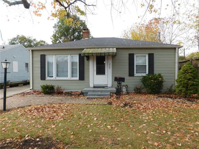 1920 Eisenhower Drive, Speedway, IN 46224 (MLS #21748424) :: The ORR Home Selling Team