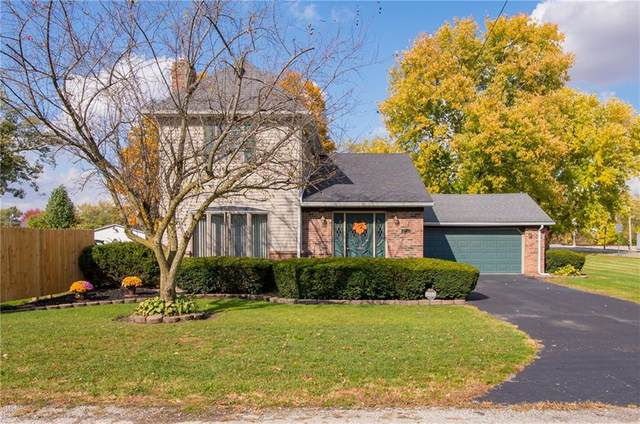 2734 S D Street, Elwood, IN 46036 (MLS #21748432) :: Mike Price Realty Team - RE/MAX Centerstone