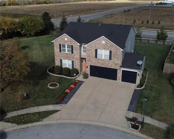 9206 Princeton Circle, Plainfield, IN 46168 (MLS #21748724) :: The Evelo Team