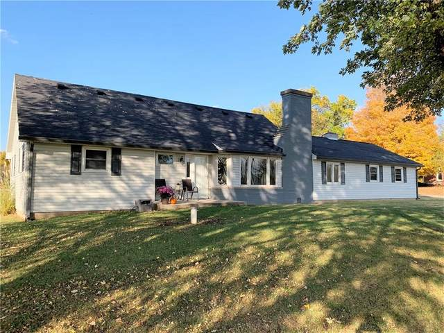 8469 S 625 E, Ladoga, IN 47954 (MLS #21748874) :: Your Journey Team