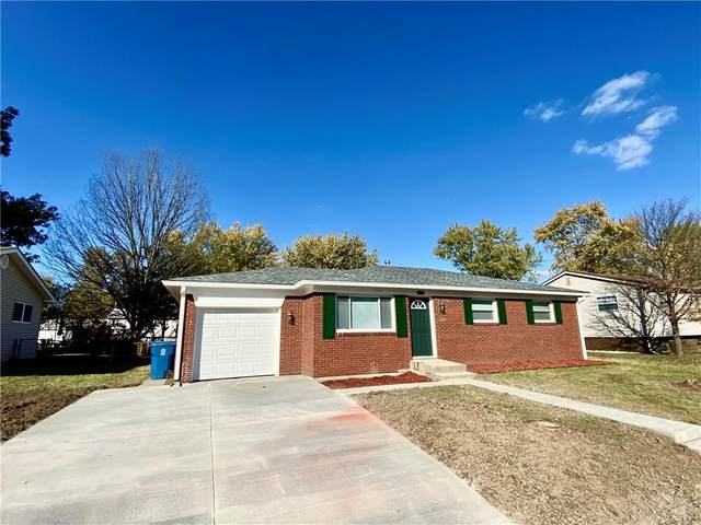 5548 W Henry Street, Indianapolis, IN 46241 (MLS #21748892) :: The Indy Property Source