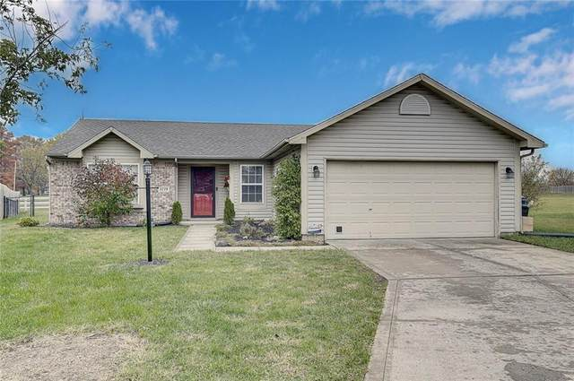 3228 Tupelo Drive, Indianapolis, IN 46239 (MLS #21749010) :: The ORR Home Selling Team