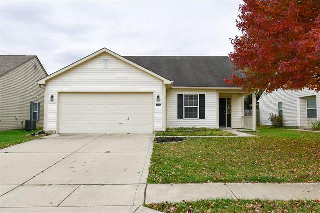 2025 Tourmaline Drive, Westfield, IN 46074 (MLS #21749052) :: The ORR Home Selling Team