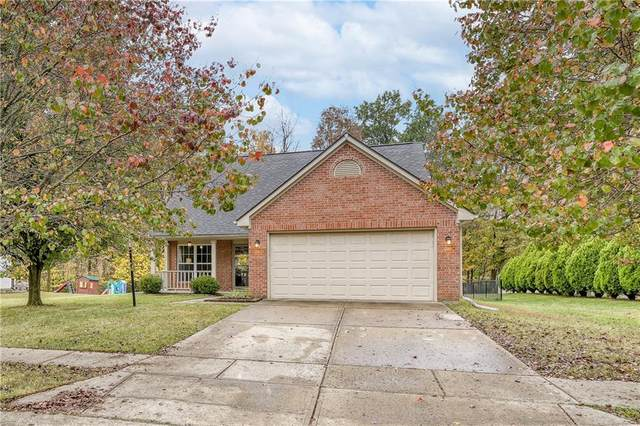 6223 Black Oaks Way, Indianapolis, IN 46237 (MLS #21749258) :: The ORR Home Selling Team